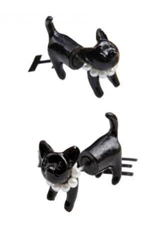 One Piece Black Cat Bead Earring