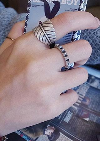 Leaf Feather Knuckle Rings