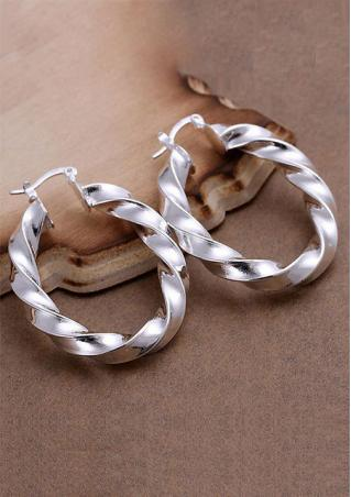 Twist Oval Design Charm Earring