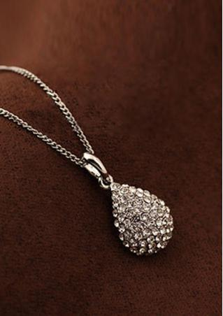 Shiny Waterdrop Rhinestone Necklace