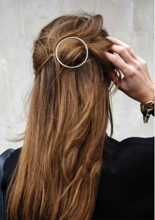 Hollow Out Round Gold Plated Hairpin