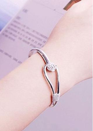 Romantic Flower Alloy Bracelet