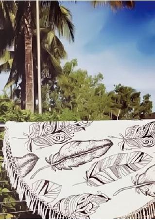 Feather Printed Tassel Round Beach Blanket