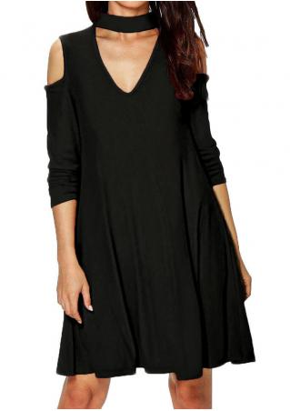 Solid Hollow out Casual Dress with Choker Detail