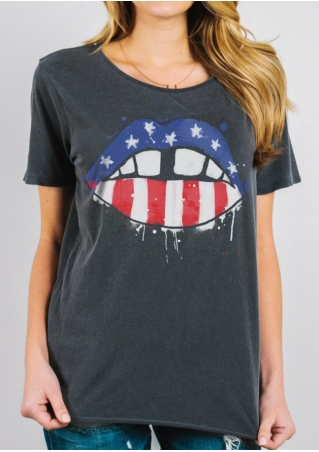 American Flag Lip T-Shirt without Necklace