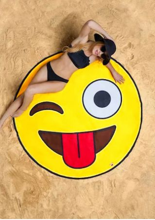 Smile Emoji Round Beach Blanket