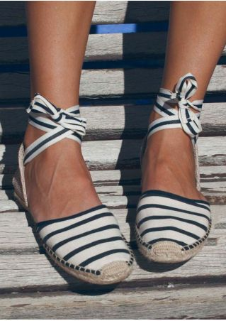 Striped Splicing Lace Up Flats