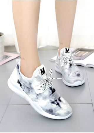 Summer M Lace Up Sneakers