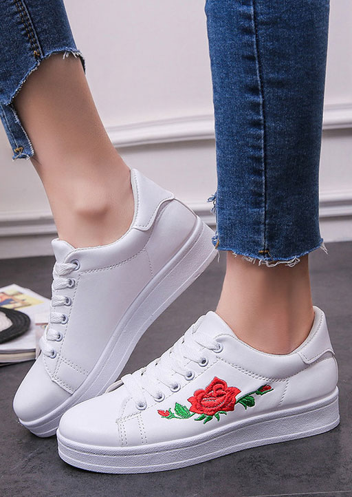 Embroidery Lace Up Chunky Sole Sneakers