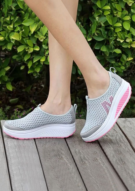 M Round Toe Chunky Sole Breathable Sneakers