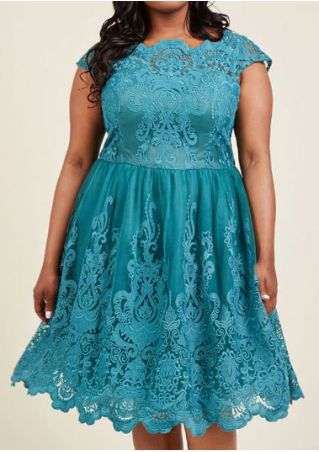 Plus Size Solid Lace Floral Casual Dress
