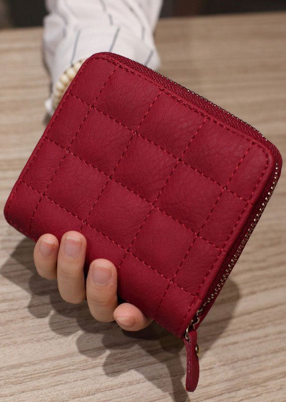 Solid Multi-layered Cluth Wallet