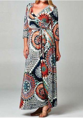 Plus Size Printed Three Quarter Sleeve Maxi Dress