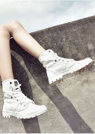 Star Lace Up Flat Sneakers