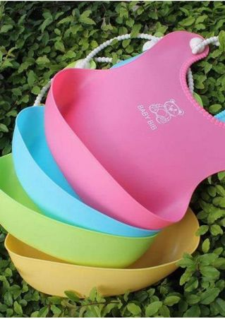 Baby Supply Lunch Bib With Pocket In The Bottom