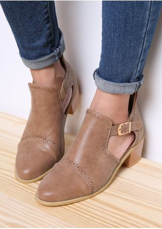 Hollow Out Buckle Low-Heeled Boots