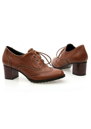 Solid Hollow Out Lace Up Heeled Brogue Shoe