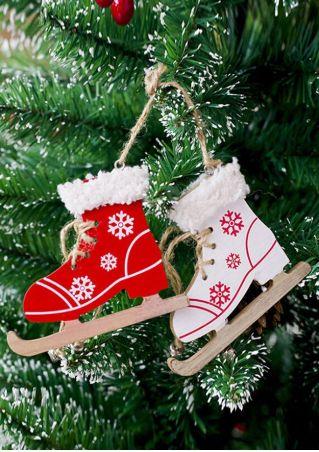Christmas Sonwflake Skate Pendant
