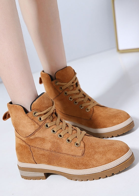 Solid Lace Up Low-Heeled Boots
