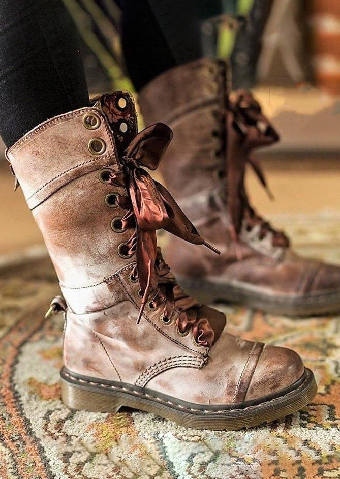 Lace Up Round Toe Fashion Boots
