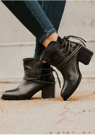 Solid Pointed Toe Lace Up Fashion Boots