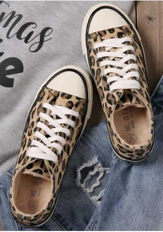 Leopard Printed Lace Up Canvas Sneakers