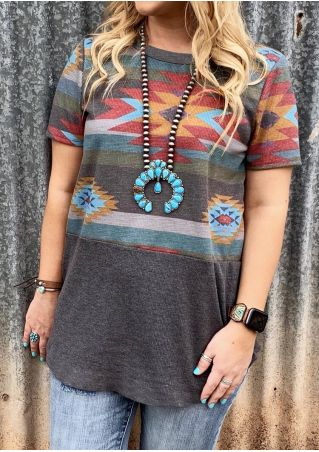 Geometric Printed T-Shirt Tee without Necklace