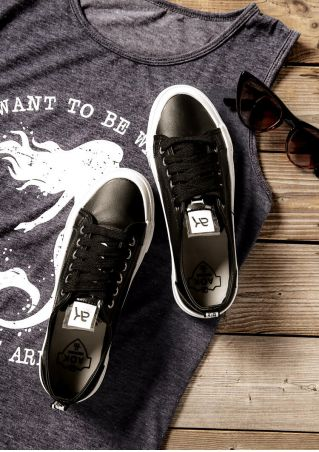 Letter Printed Lace Up Sneakers - Black