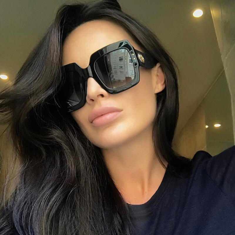 Summer Fashion Sunglasses - Black