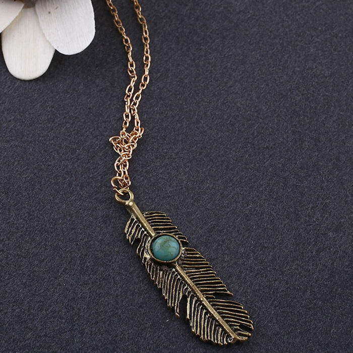 Vintage Feather Tassel Necklace