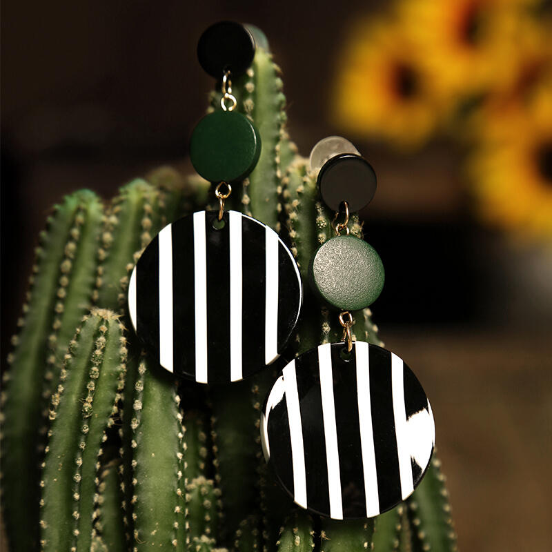 Striped_Round_Acrylic_Earrings