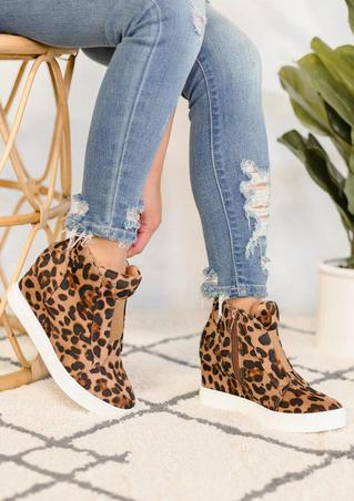 Leopard Printed Zipper Wedge Sneakers