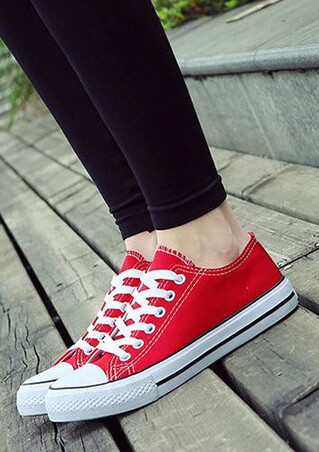 Lovers' Low Top Lace Up Sneakers