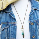 Vintage_Turquoise_Feather_Leather_Necklace