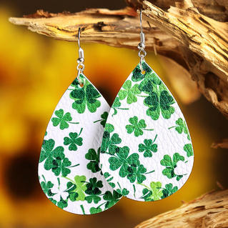 St. Patrick's Day Lucky Shamrock PU Leather Earrings - Green