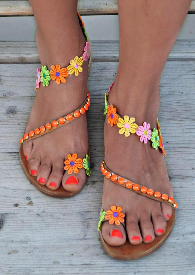 Sunflower Round Toe Flat Sandals