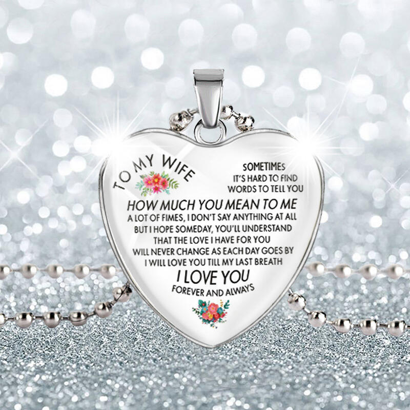 To My Wife I Love You Floral Heart Pendant Necklace