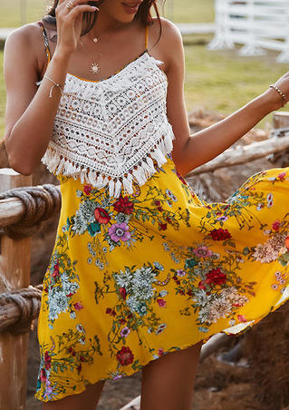 Floral Lace Splicing Hollow Out Open Back Mini Dress - Yellow