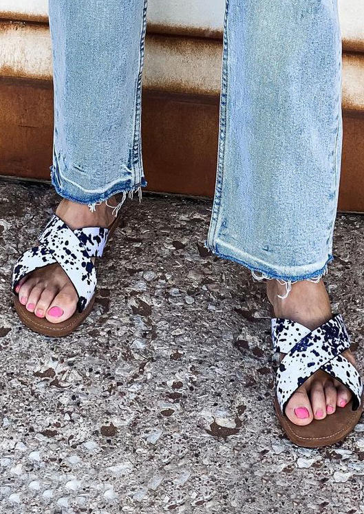 Western Cow Cross Band Flat Slippers - White