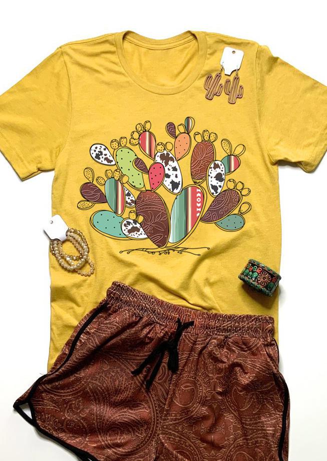 Western Cactus Cow O-Neck T-Shirt Tee - Yellow